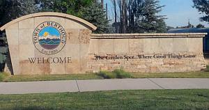 Welcome to Berthoud sign-300x150